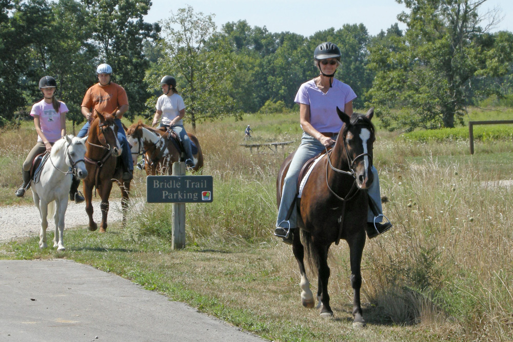 Horse riders near the bridle trail staging area at Glacier Ridge.